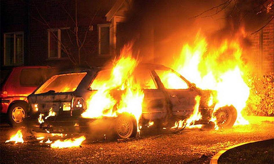 У Луцьку спалили «Тойоту» одного з власників ТЦ «Буратіно»