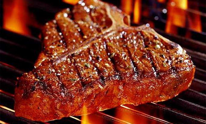 Українці їдять м'яса у півтора разу менше, ніж європейці