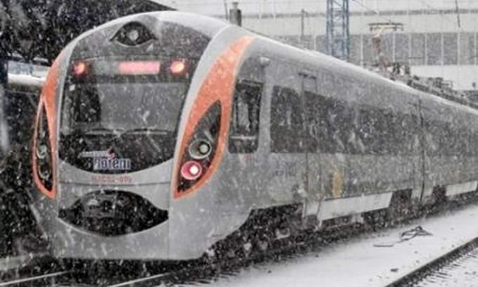 Корейці адаптують швидкісні Hyundai до українського клімату за власний рахунок