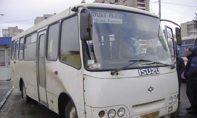 Придбаний на автостанції квиток не гарантує місце в автобусі