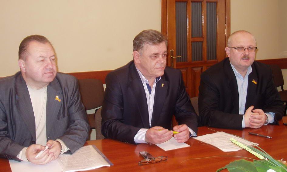 Волинські «Свобода», «Батьківщина» і «Фронт змін» висунули єдиних кандидатів на довибори