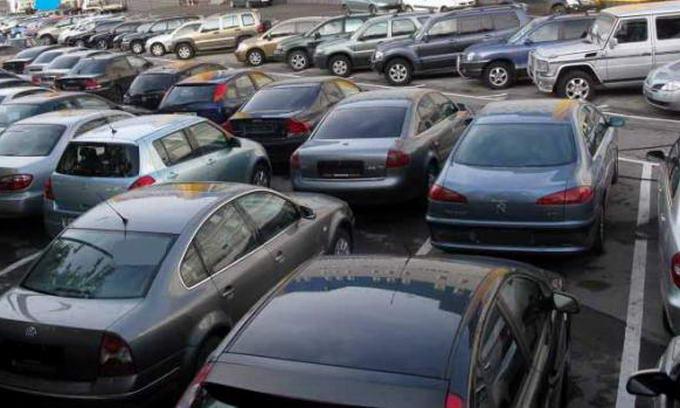 Українці не мають грошей на нові автомобілі