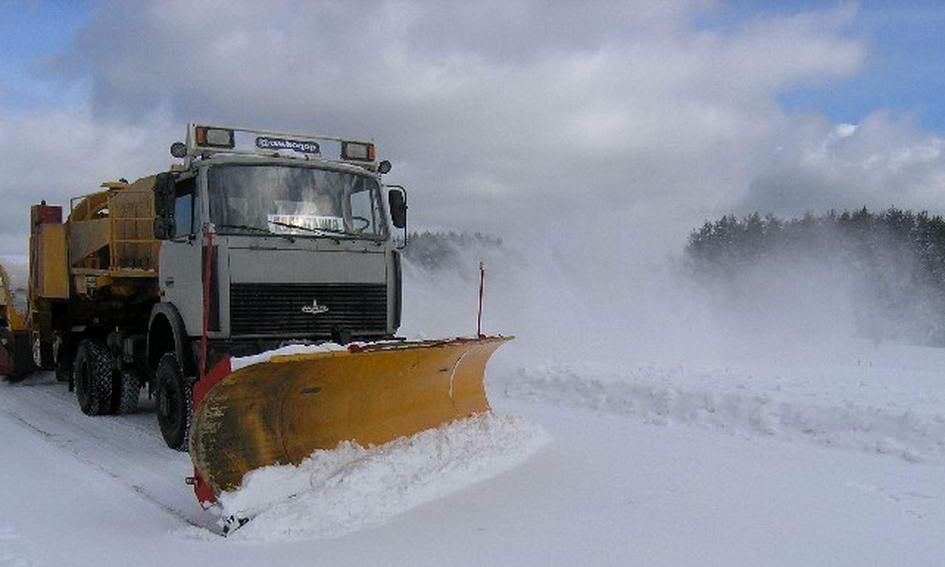 У Луцькій міськраді звітують, що місто активно прибирають від снігу