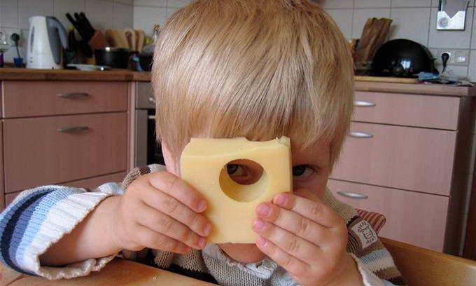 Росспоживнагляд може зняти контроль над кожною партією українського сиру