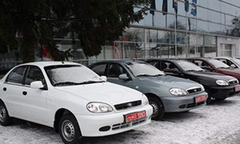Восьмеро волинян із особливими потребами отримали автомобілі