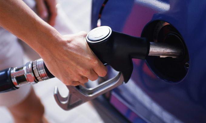 У Кабміні хочуть ввести мита на імпортний бензин