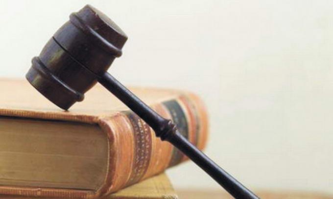 За торгівлю могилами екс-депутата засудили на 5 років
