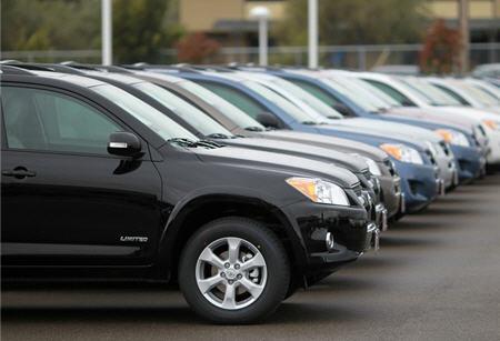 В уряді впевнені, що введення спецмит на автомобілі збереже вітчизняний автопром