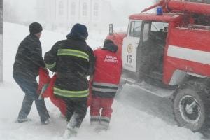 Рятувальники допомогли понад 200 волинянам та витягли зі снігового полону 87 машин