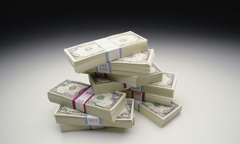 Кредити у гривні подешевшали на 3%, а валютні позики подорожчали більш як на 14%