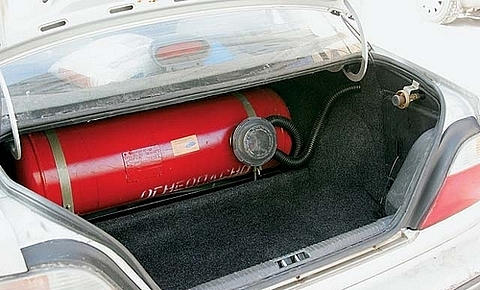 На підприємства, які переводять авто на газ, чекають перевірки