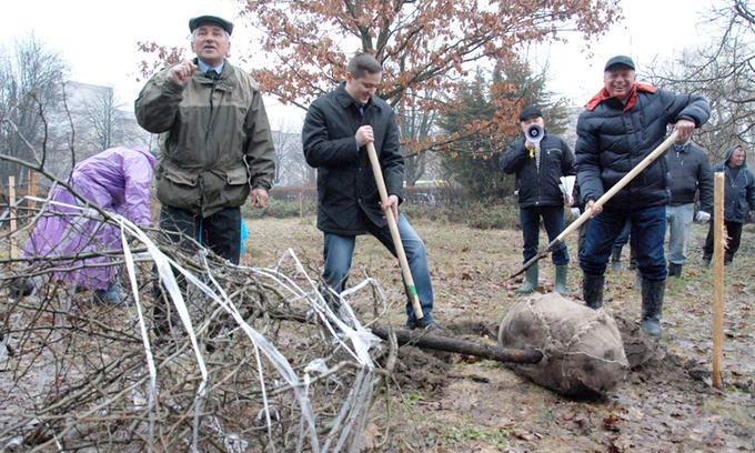 Луцьк приєднався до всеукраїнського суботника, організованого ПриватБанком