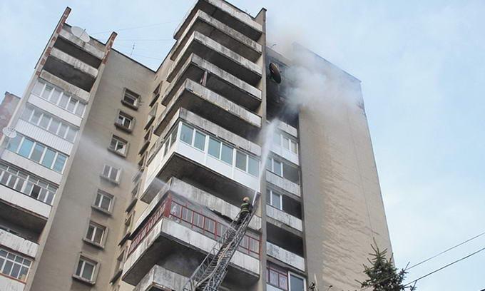 Через брак протипожежної техніки мешканці луцьких «висоток» ризикують життям