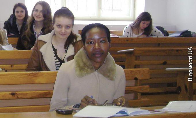 Студенти з Африки опановують українську мову за рік