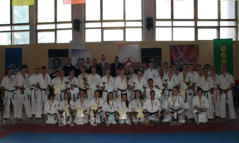 Двоє волинян привезли «золото» з чемпіонату України з Кіокушинкайкан карате