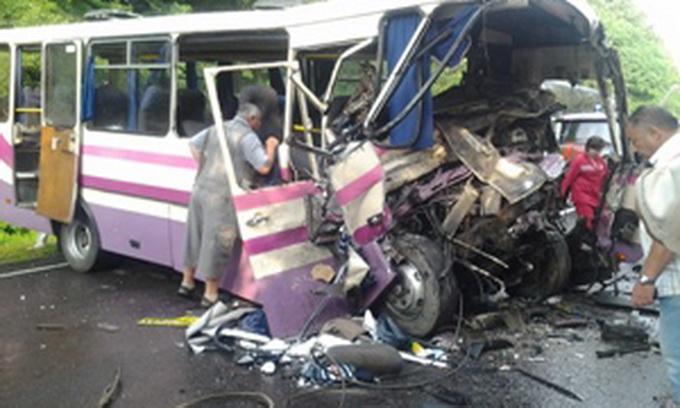 В аварії на Волині загинули восьмеро людей, 27 травмовано