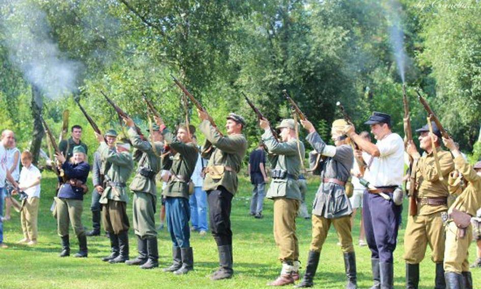 На «Бандерштаті» реконструюють сутичку бійців УПА з армією Вермахту