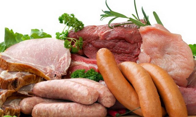 Українці відмовляються від ковбаси