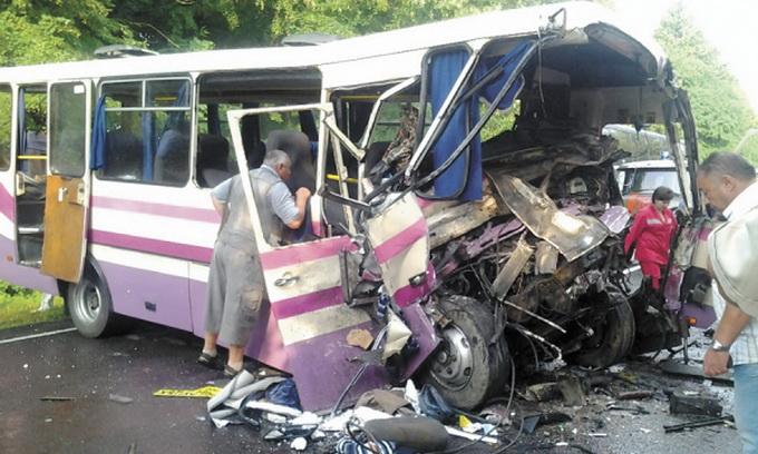Цьогоріч на Волині з вини водіїв автобусів сталося 27 ДТП