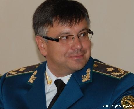 Службовий кабінет головного  митника Ягодина опечатали та тимчасово відсторонили його від роботи