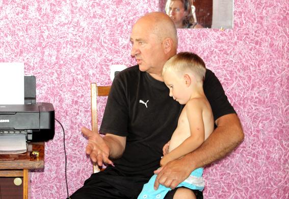 Волинські міліціонери допомогли багатодітному іноземцю знайти сина