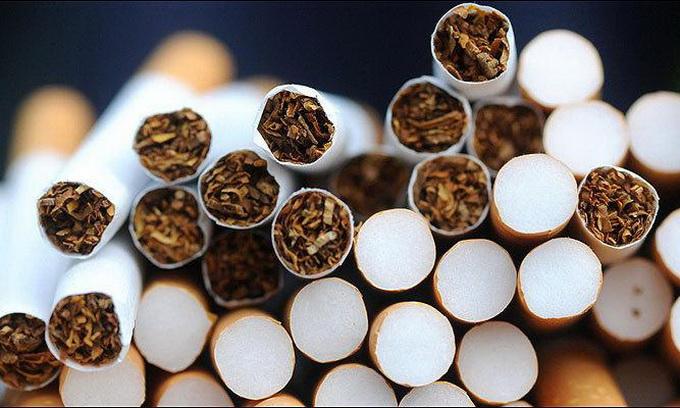 З вересня алкоголь і цигарки знову подорожчають