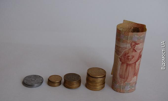 Нацбанк підрахував, скільки монет і банкнот зберігають українці