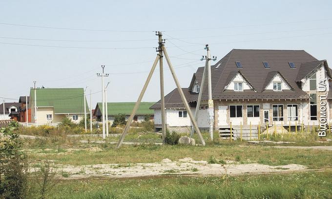 Ціна сотки землі в престижних селах під Луцьком — у межах $1,5–4 тисячі