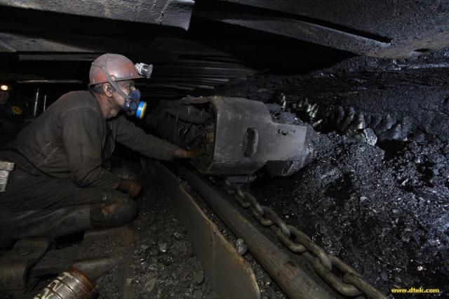Янукович планує до 2015 року віддати всі шахти у приватні руки
