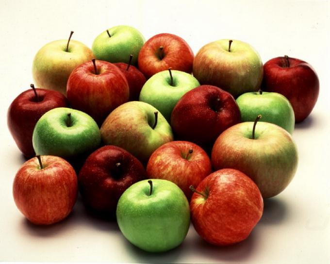 Українці почали споживати більше яблук вітчизняного виробництва