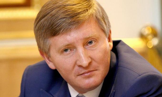 Ахметов позичив півмільярда для розрахунків з державою