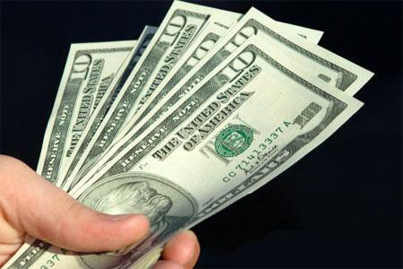 В Україні заборонили валютні грошові перекази