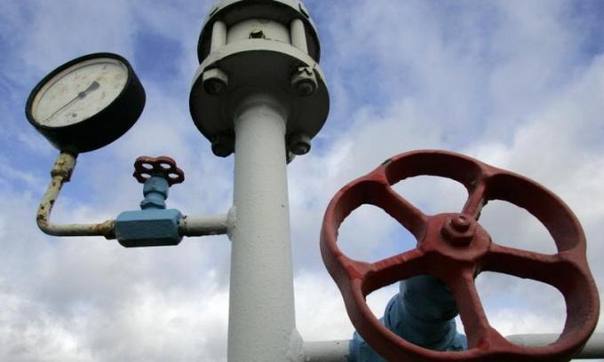 Азаров: Через високу ціну Україна майже повністю відмовиться від російського газу