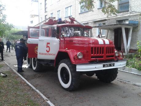 У Нововолинську пожежники врятували з палаючої квартири чоловіка