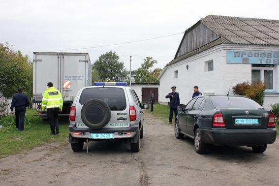 На Ратнівщині чоловік обстріляв сільську раду