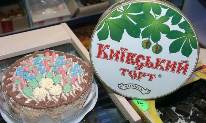 Росспоживнагляд почав перевірку Roshen з київського заводу, який виробляє торти