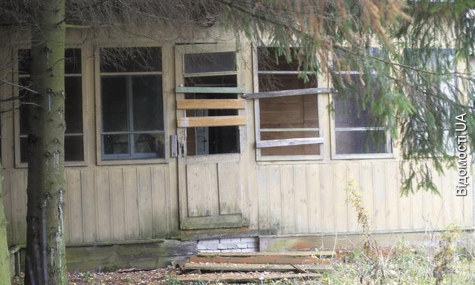Лісівники знищили санаторій «Журавичі». Самі не роблять і нікому не дають