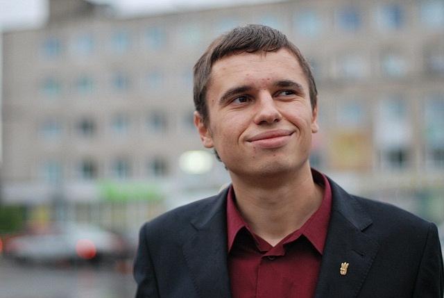 Пішов з життя 25-річний журналіст, депутат міської ради Андрій Калахан