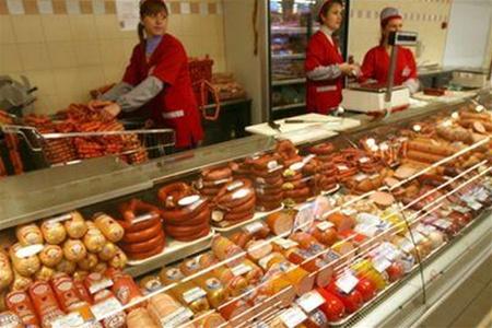 Лучанин намагався вкрасти у магазині дорогу ковбасу