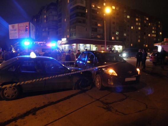 Луцьк кримінальний: хуліган викрав авто та мало не розчавив перехожих
