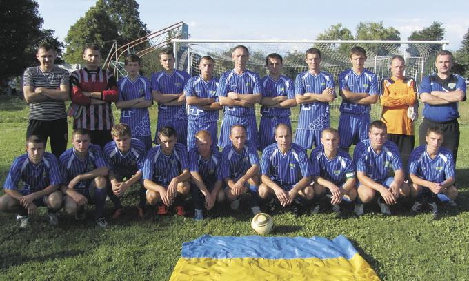 Футбольна команда села Топільне — одна з найкращих в Україні