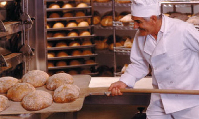 З кожним місяцем в Україні скорочується виробництво хліба