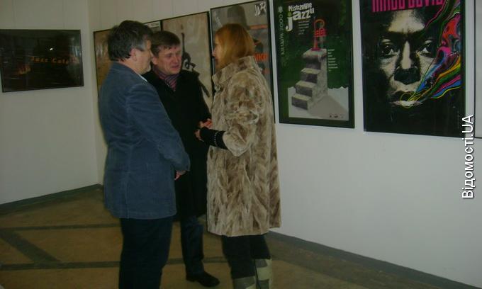 У Луцьку експонують плакати, зібрані одним з найбільших європейських колекціонерів