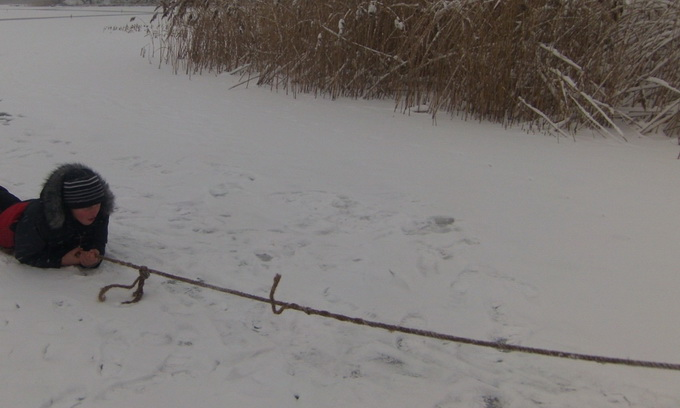 16-річний юнак врятував двох людей, які потрапили у льодову пастку