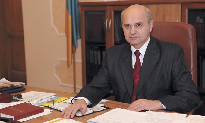 Володимир Войтович та його заступник написали заяви про відставку