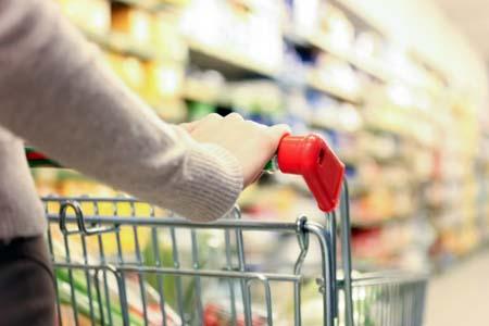 Імпортні продукти почали дорожчати через новий курс долара