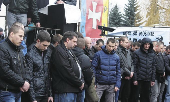 Волинський «Беркут» стояв у Києві за гроші
