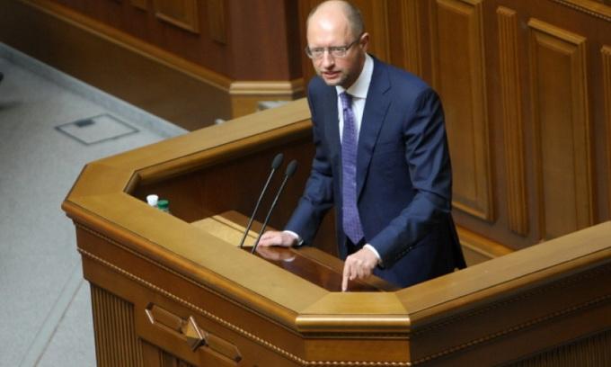 Яценюк заявив, що Україна виконає всі вимоги МВФ