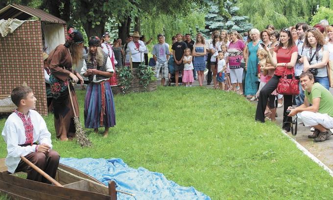 Жителі трьох сільських рад Рожищенського району пробують заробляти на туризмі