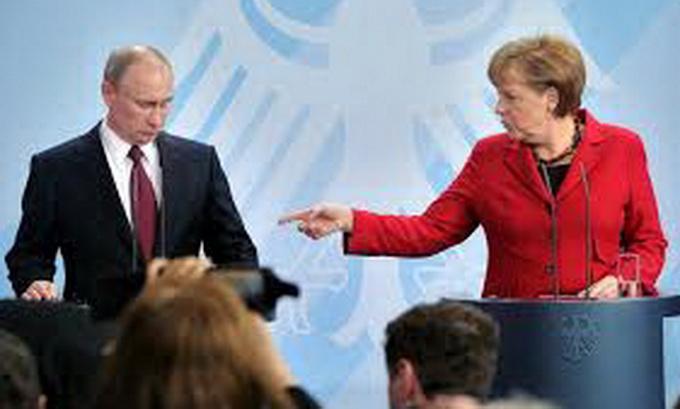 Німеччина обіцяє переглянути енергетичну співпрацю з Росією